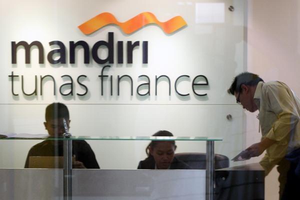 Denda Mandiri Tunas Finance Apakah Satu Bulan Angsuran?